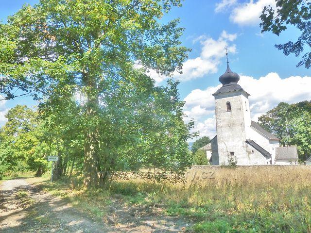 Podlesí -kostel sv.Máří Magdalény z roku 1684