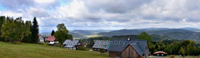Výhled do údolí cestou na Štěpánku