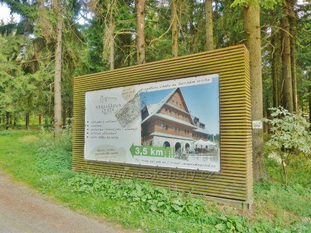 Suchý vrch - poutač Kramářovy chaty na Červenovodském sedle