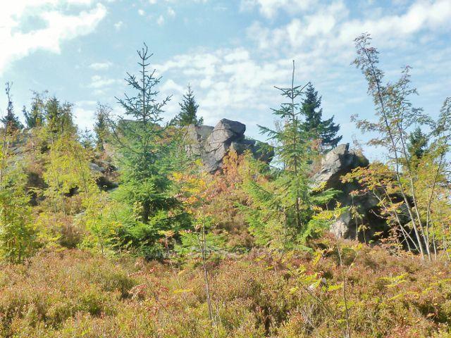 Suchý vrch - mrazový srub na vrcholu Suchého vrchu nad Kramářovo chatou