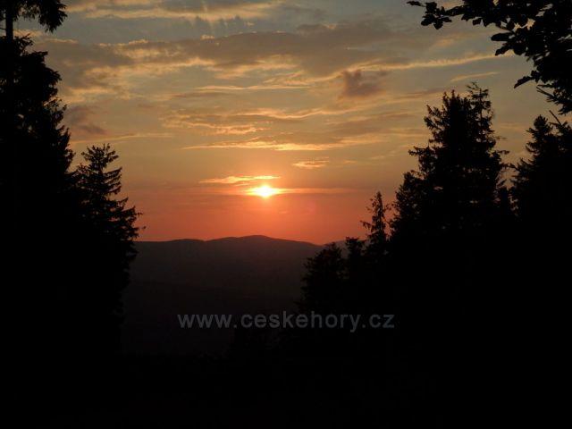 západ slunce nad Rychlebkami