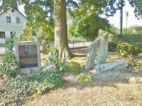 Záměl - památník obětem I.Světové války a padlým ve II.Světové válce