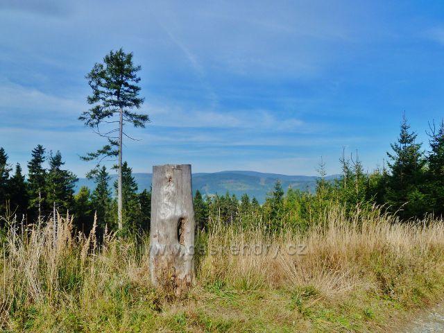 Ostružná - cesta po červené TZ k Rychlebským horám