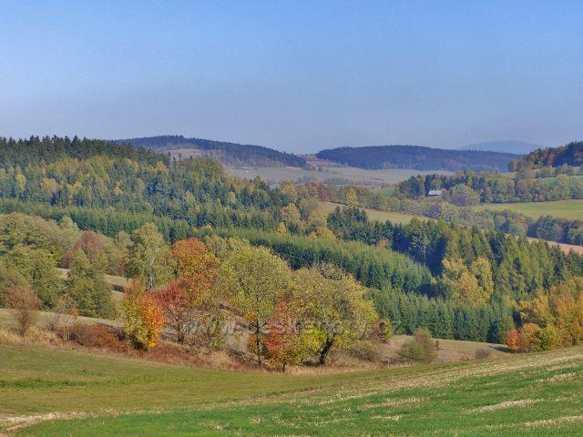 Vlčkovice - pohled z úbočí Studeného k Adamu a na Přední hraniční vrch