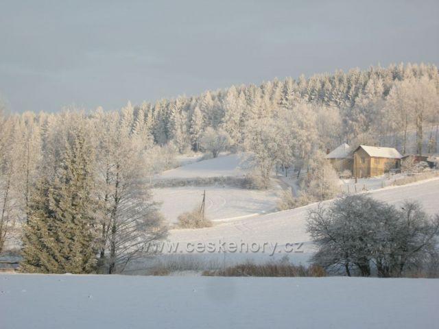 bílý pohled na krajinu