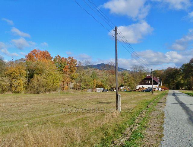 Zlatý Potok - střední část obce