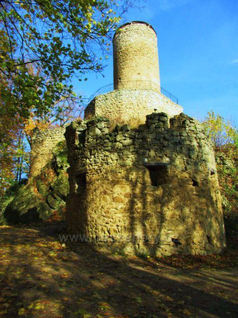 Věž hradu Cimburk