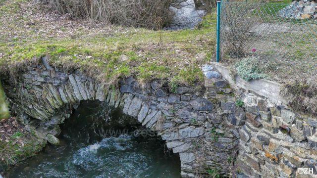 Starý most přes Nemilku
