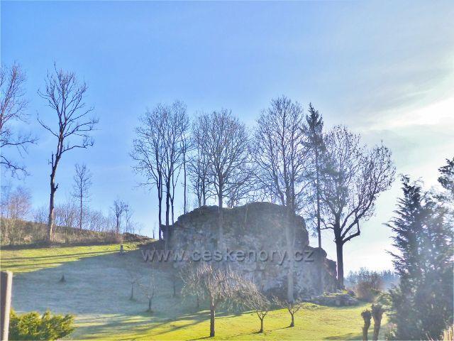 Malá Morava - skalní útvar za pohostinstvím Farma