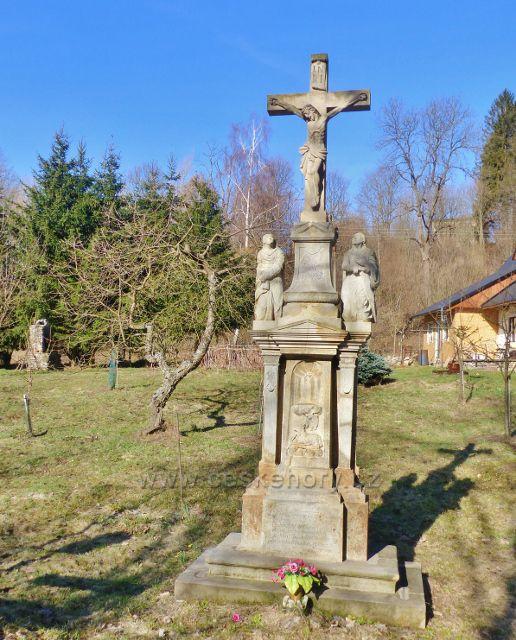 Malá Morava - restaurované sousoší Kalvarie