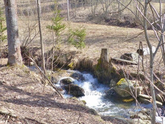 Sklené - peřej na potoce Malá Morava