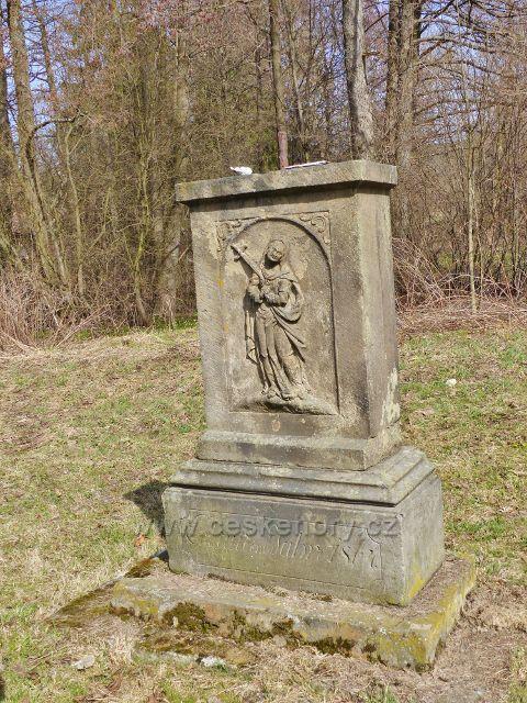 Dolní Morava - torzo pomníku na rozcestí U Mlýnice