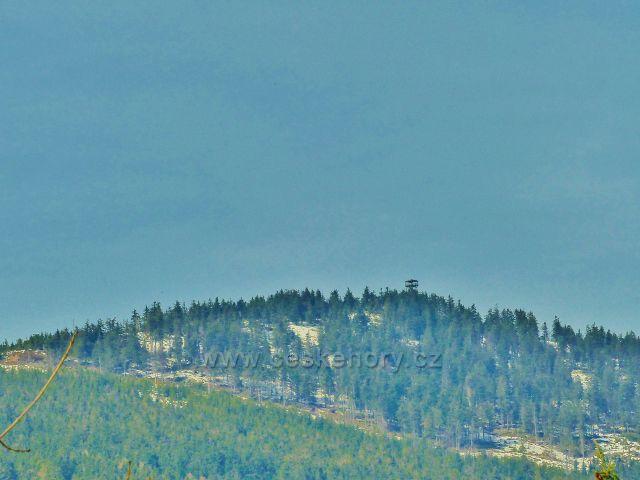 Dolní Morava - pohled na vrchol Klepáče (1144 m.n.m.) se stejnojmennou rozhlednou