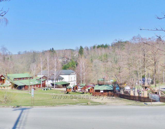 Rokytnice v Orlických horách -areál restaurace Rokytenky a sousední minizoo