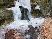 Zamrzlý vodopád na Lučním potoce - detail