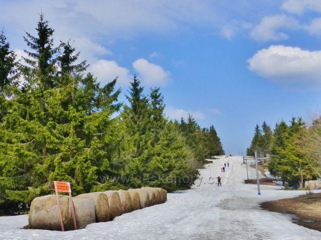 Šerlich - běžecká trasa podél vleku na polské straně hranice