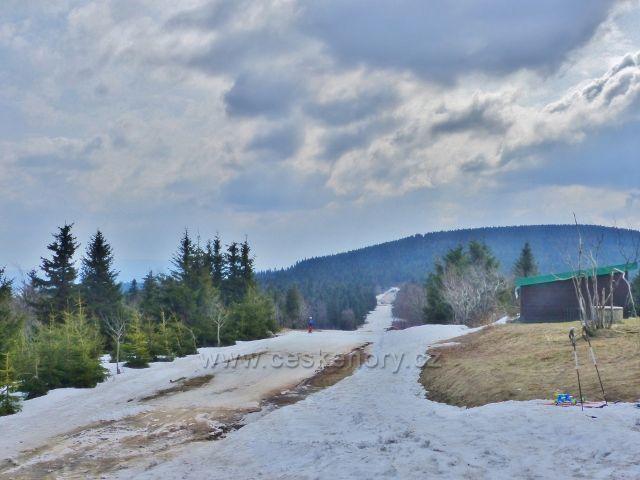 Šerlich - pohled z běžkařské trati na Malou Deštnou