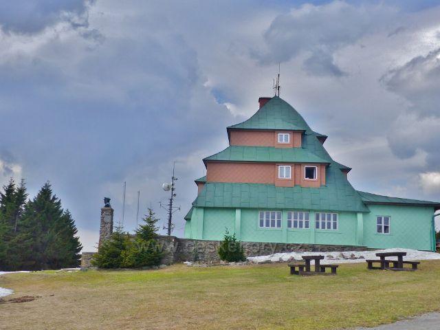 Šerlich - boční pohled na Masarykovo chatu