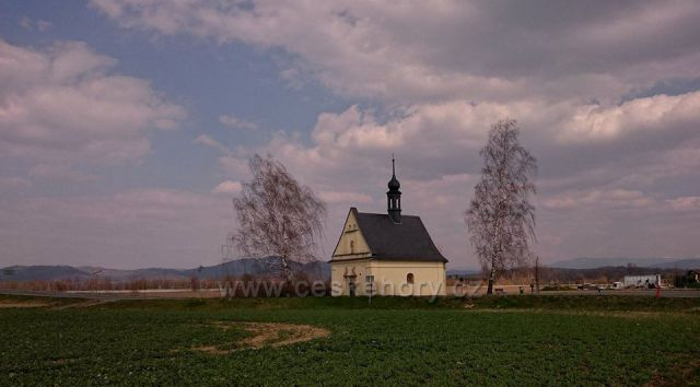 Kaple na SZ okraji Postřelmova