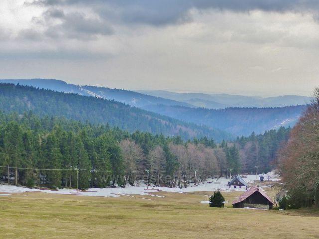 Šerlich  - ze Skiareálu Šerlich již odtál sníh