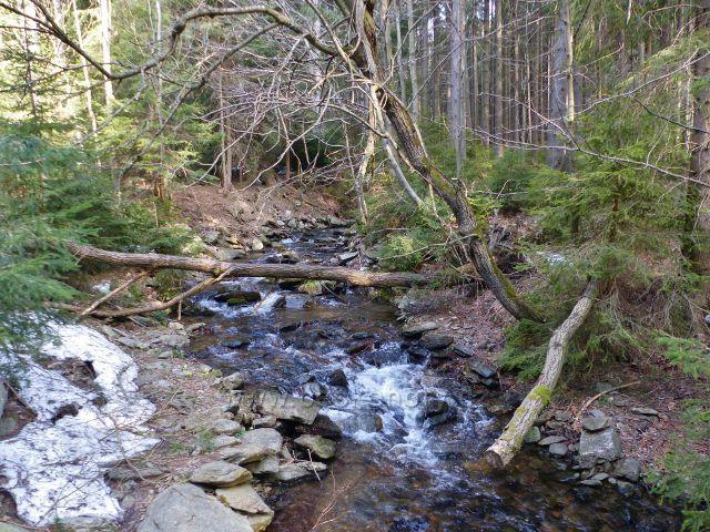 Pravostranný přítok Moravy na němž jsou vodopády Pod Strašidly