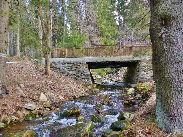 Mostek přes Moravu u Vilemínky