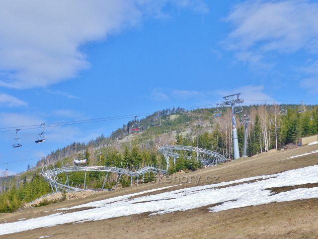 Nově vybudovaná bobová dráha v areálu Resort Dolní Morava