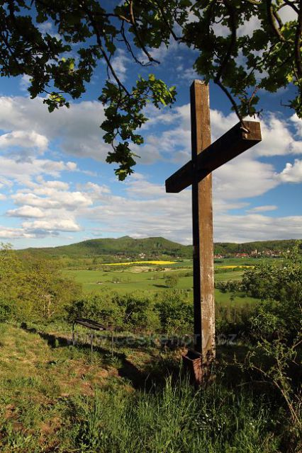 Kříž na Chotyni