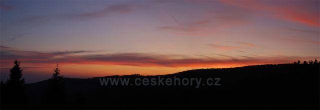 podzimní západ slunce na Červenohorském sedle