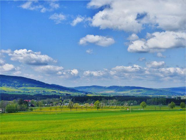 """Pohled do Králické kotliny ze """"staré"""" cyklostezky  z Dolní Orlice do Králík"""