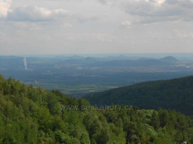 výhled od chaty Vitíška na České středohoří