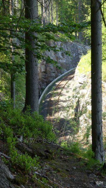 Zářez před Jizerským mostem