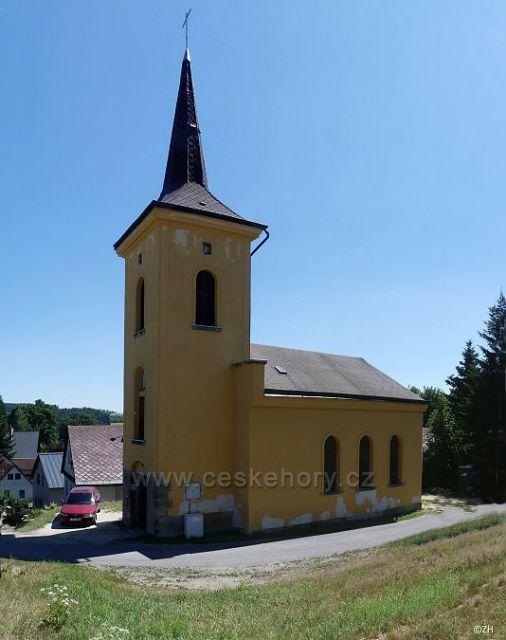 Kostel sv. Jana Nepomuckého ve vrkoslavicích