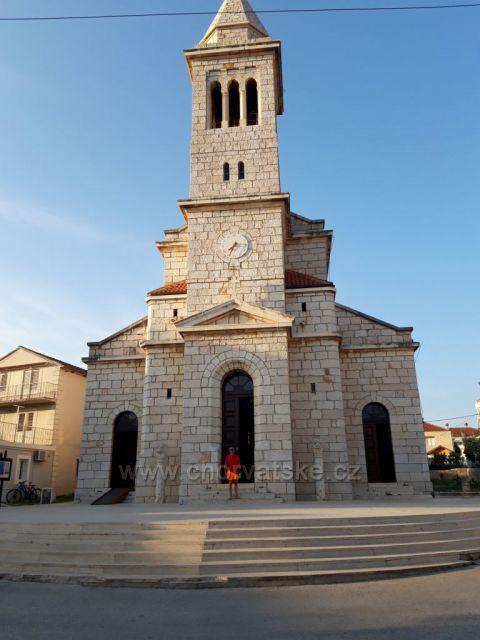 Kostelík v Pakoštane