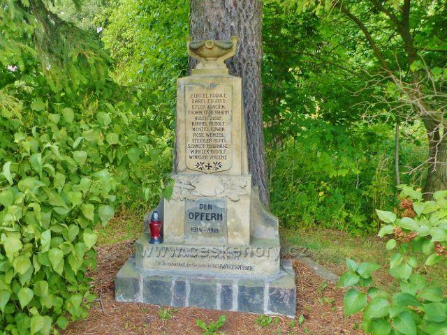 Památník obětem I.Světové války u silničky do Černé vody