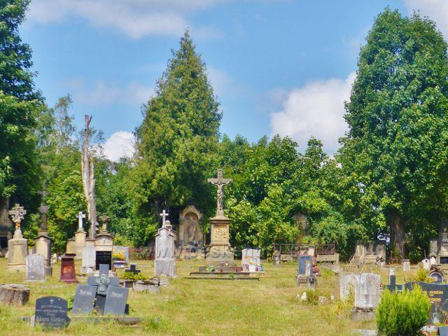 Hřbitov v Královci