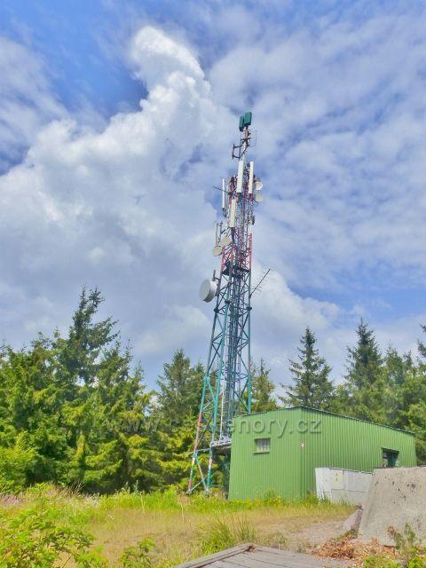 Retlanstrační věž na vrcholu Královeckého Špičáku