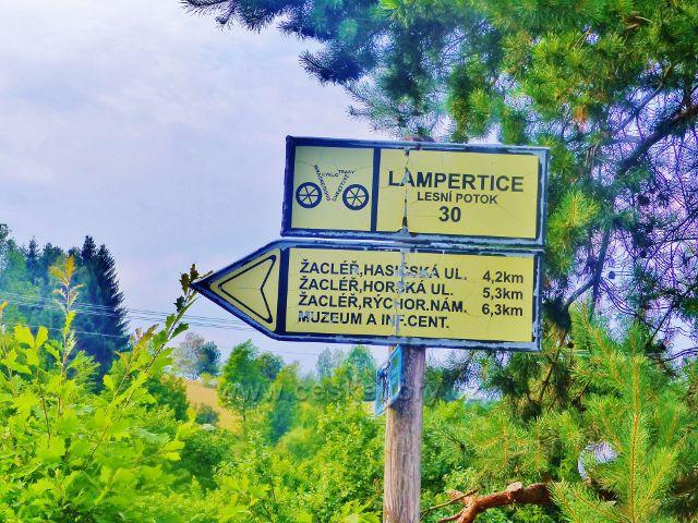 Místní cyklorozcestník Lampertice-Lesní potok