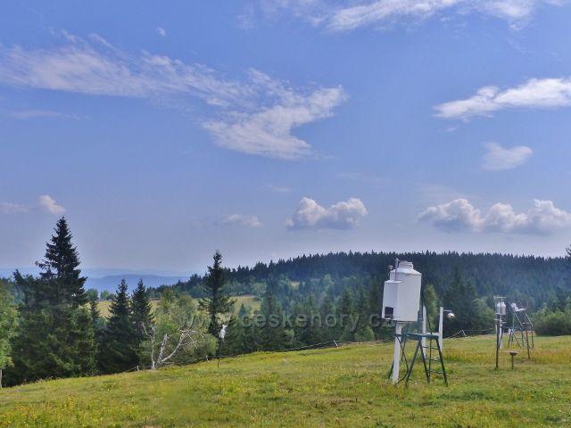 Rýchory - část měřícího zařízení meteorologické stanice na vrchu Kutná