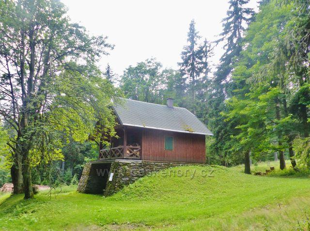 Rýchory - lovecká chata Pašovka u Zlaté cesty