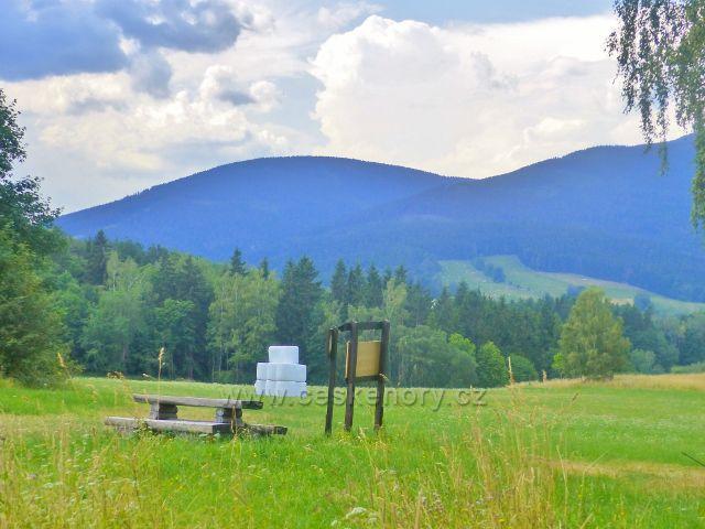 Svoboda nad Úpou- Sluneční stráň,odpočinkové a výhledové místo