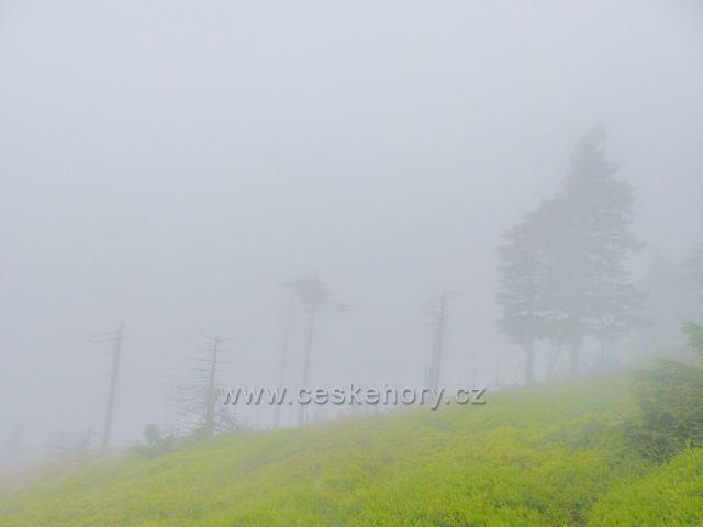 Horní Malá Úpa - mlha pod vrcholem Tabule