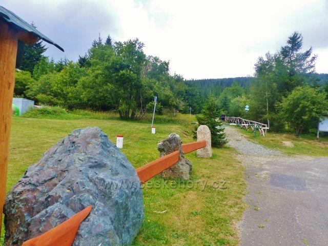 Horní Malá Úpa - vyznačení státní hranice v sedle Pomezní boudy
