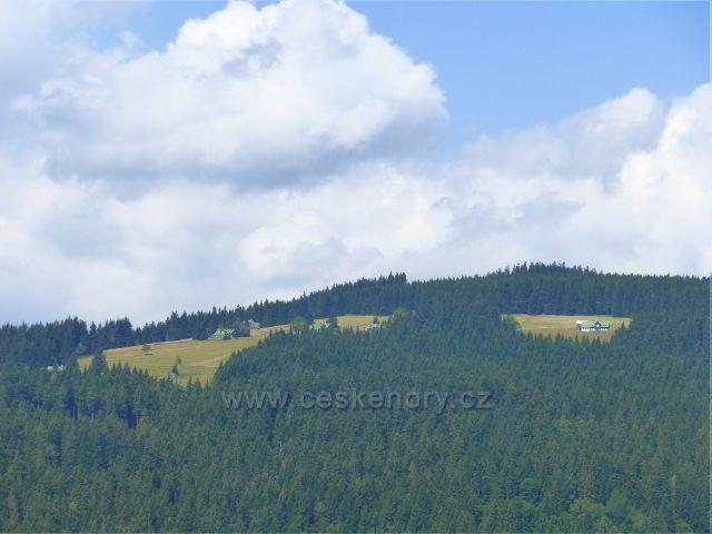 Horní Maršov - pohled na Pěnkavčí vrch