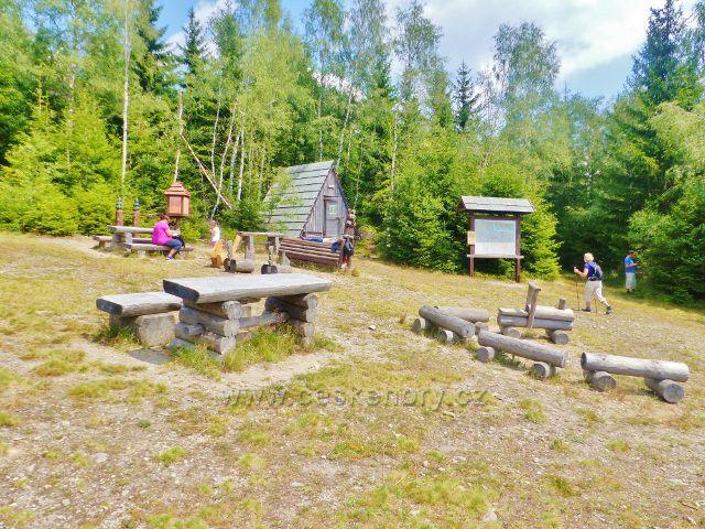 Horní Maršov - odpočinkový areál na rozcestí Cestník