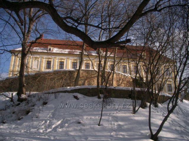 Červený Hrádek zámek