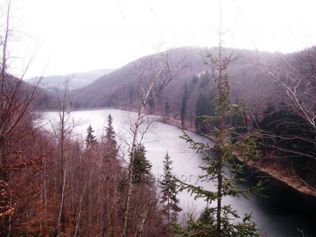 Na přehradou Kamenička