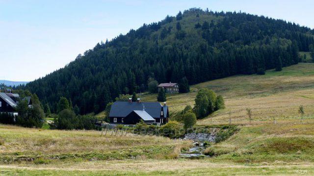 Jizerka a vrchol Bukovec