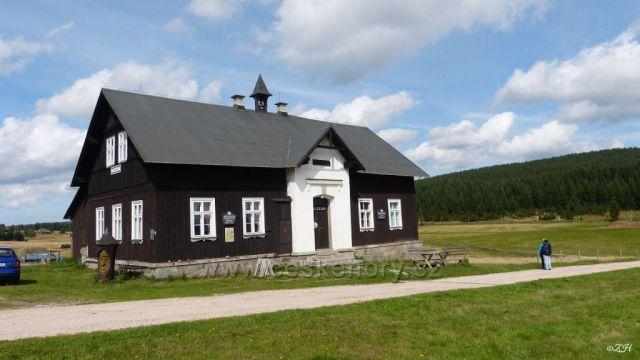 Bývalá škola, dnes muzeum