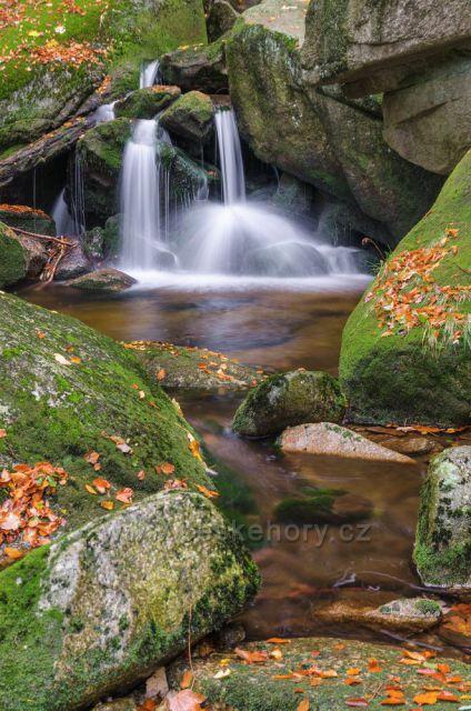 krásný vodopád na Hájeným potoku.
